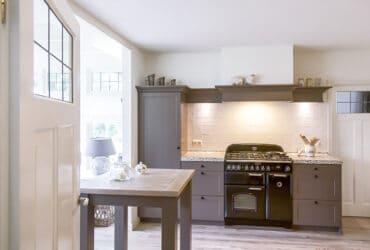 landelijk grijze keuken